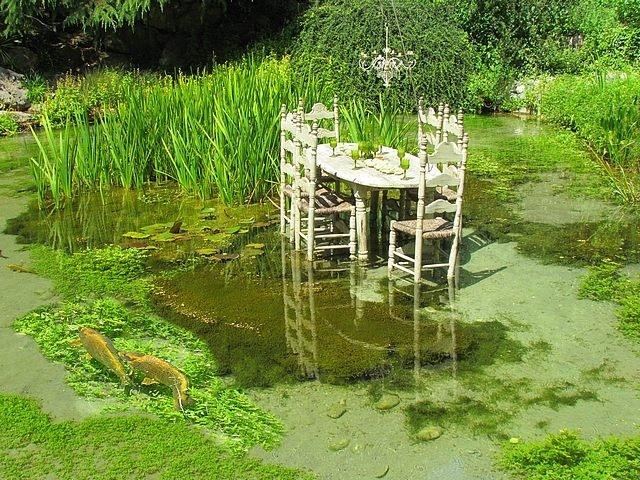 Le jardin des fontaines p trifiantes la s ne is re - Le jardin des fontaines petrifiantes ...