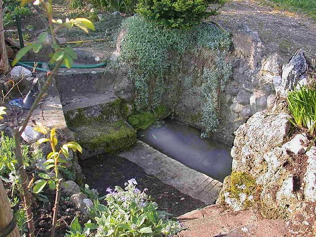 Les bassins du jardin de la source g te rural french g te france rh ne alpes is re grenoble - Bassin jardin japonais grenoble ...